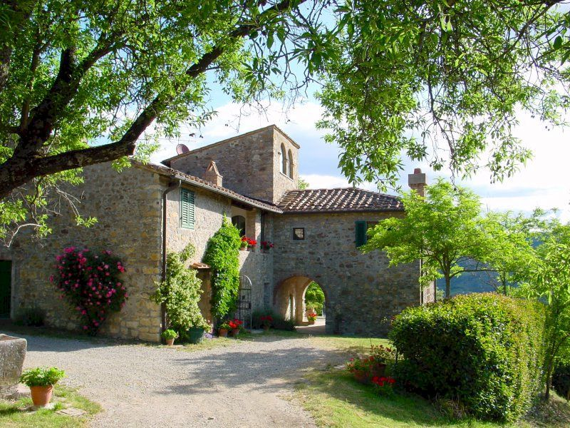 Tuscan farmhouse to rent for your vacation in Chianti