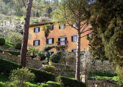 "The Cortona farmhouse of Frances Mayes and ""Under the Tuscan Sun"""
