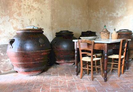 Tuscan terracotta oil jars - orcie