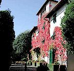 Villa Le Barone traditional villa hotel near San Leolino and Panzano