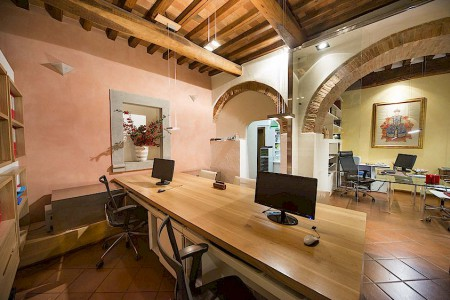Real estate agency in Tuscany Studio Montagliari